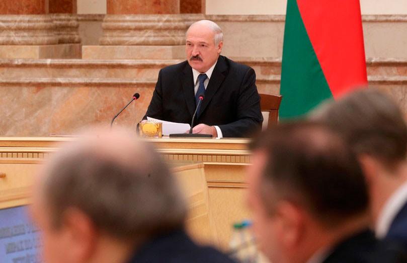 У АПК Витебской области – долгов на Br3 млрд. Лукашенко требует возвратить все