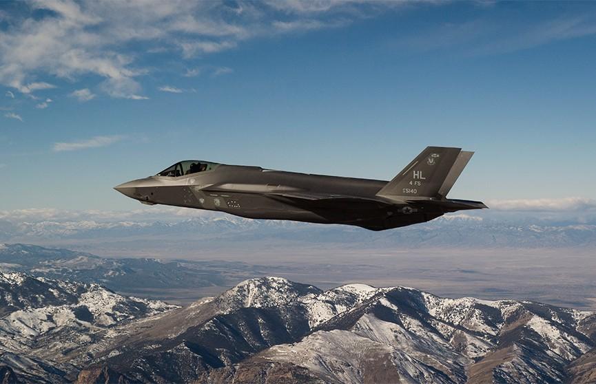 Истребитель-бомбардировщик пятого поколения F-35A разбился в Японии