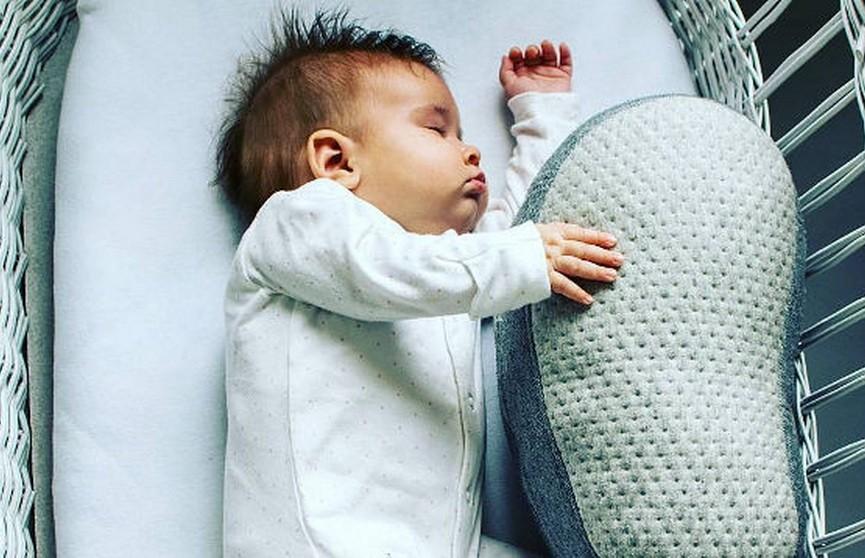 В Германии представили подушку-робота, которая помогает уснуть