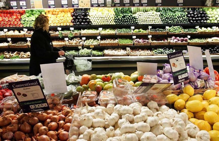 Британские власти обязали крупных поставщиков запасаться продовольствием