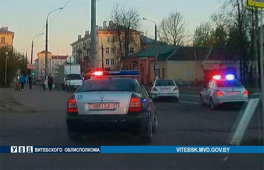 Таксист из Витебска чуть не сбила семью и устроила погоню с ГАИ