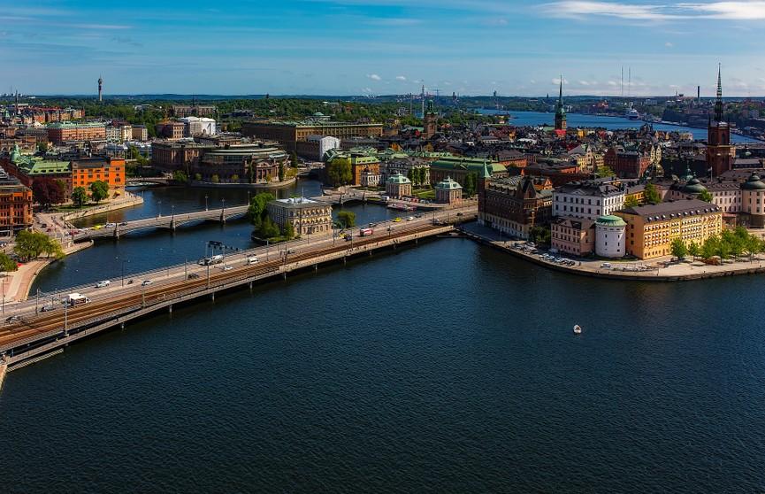 Швеция вводит локдаун