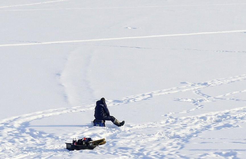 Рыбак провалился под лед в Копыльском районе