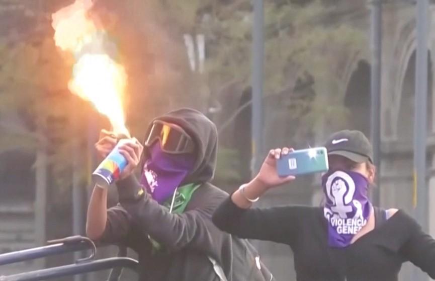 Карантин усилил домашнее насилие: в Мексике антирекорд по убийствам женщин