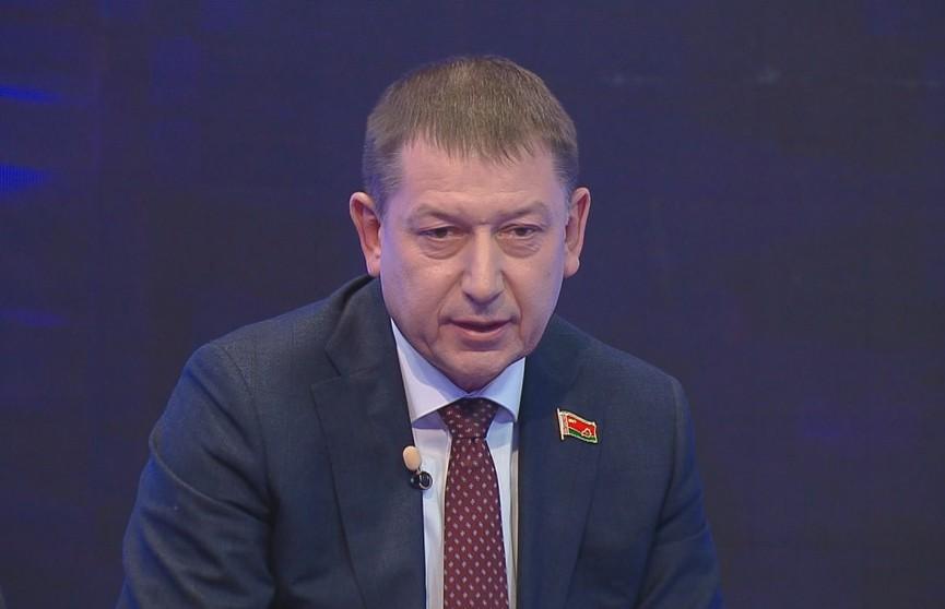 Гендиректор ОАО «МАЗ» Валерий Иванкович – о возможных последствиях санкций: любой руководитель должен иметь альтернативу