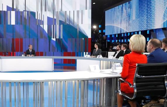 Дмитрий Медведев призвал Беларусь не бояться интеграции с Россией