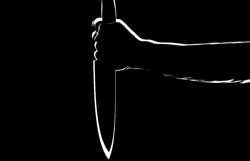 В Слуцком районе мужчина ранил ножом участкового милиционера