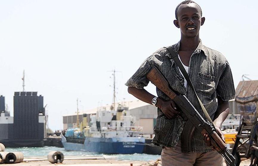 Сомалийские пираты захватили судно под флагом Панамы