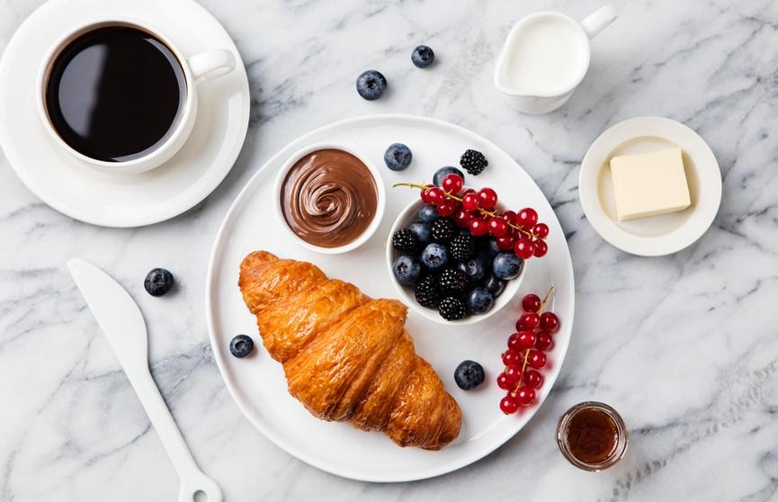 Что нельзя есть на завтрак и как не набрать лишние килограммы?