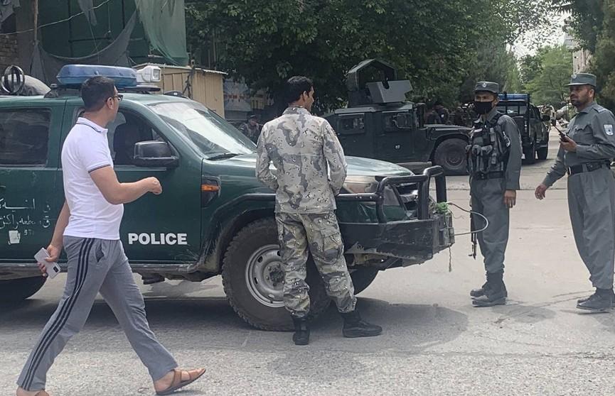 Четыре человека погибли при взрыве в мечети в Кабуле