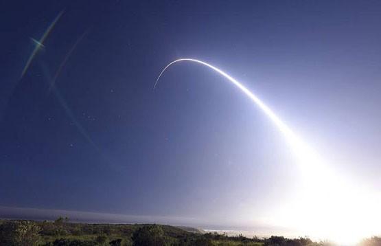 Испытание межконтинентальной баллистической ракеты провели в США