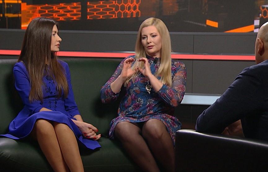 Почему белорусские женщины стали в первые ряды протестующих, объяснили бизнес-леди Ирина Абраменко и преподаватель Валерия Филиппенко