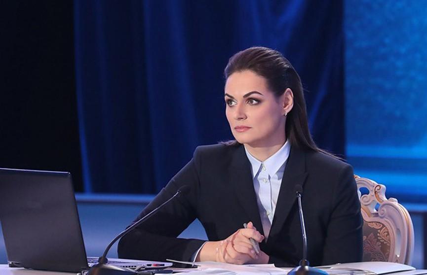 Наталья Эйсмонт: Президент поручил отблагодарить студентов-медиков, подключившихся к борьбе с коронавирусом