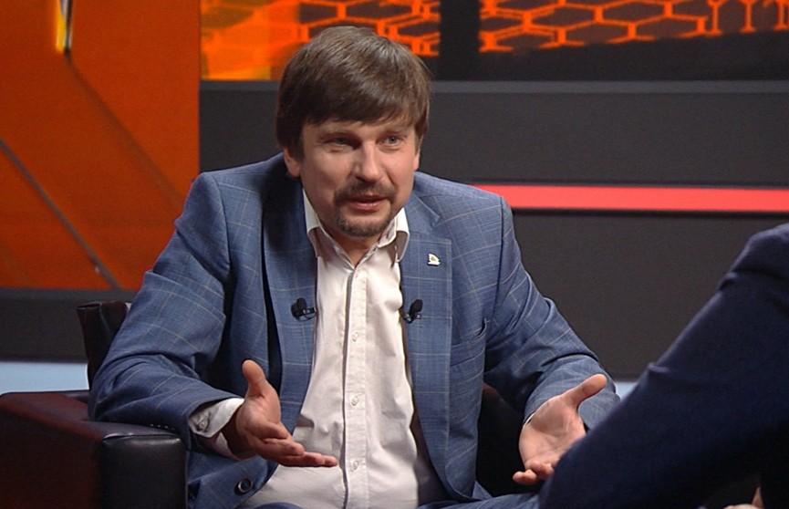 Политолог: Запад атакует Беларусь не бомбами, а санкциями, потому что здесь могут дать сдачи