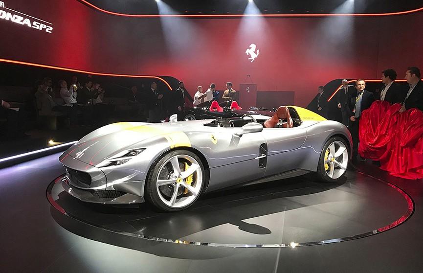 Ferrari представила самый быстрый гиперкар в мире