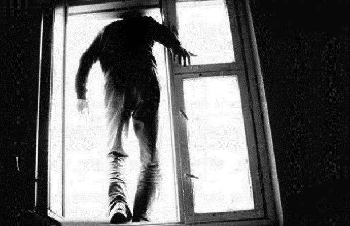 ОМОН спасал витеблянина от суицида 4 часа (ВИДЕО)