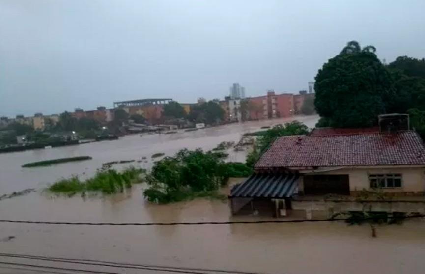 13 человек стали жертвами наводнения в Бразилии