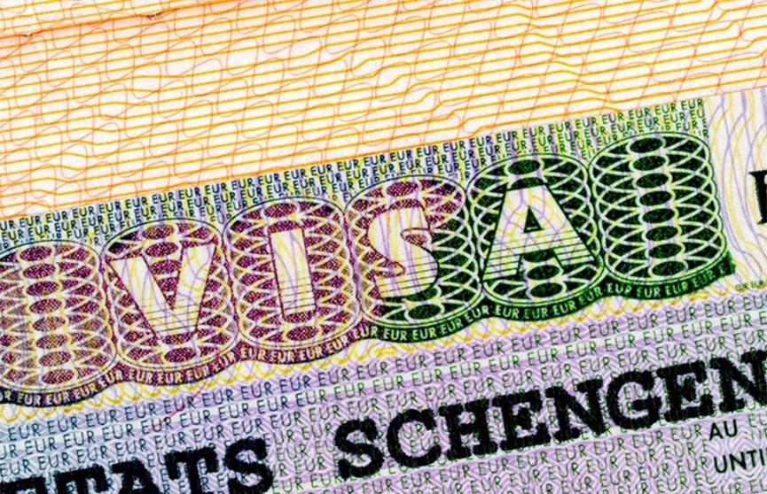 Шенгенские визы подорожают до 80 евро, но получать их будет проще