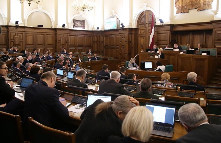 В новом парламенте Латвии – рекордное количество депутатов-женщин