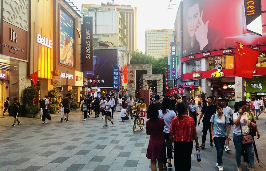 Си Цзиньпин заявил о полной победе над абсолютной бедностью