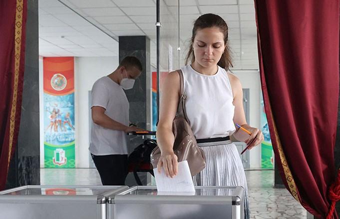 Лукашенко о безопасности граждан во время выборов президента: Из-под контроля ничего не выйдет