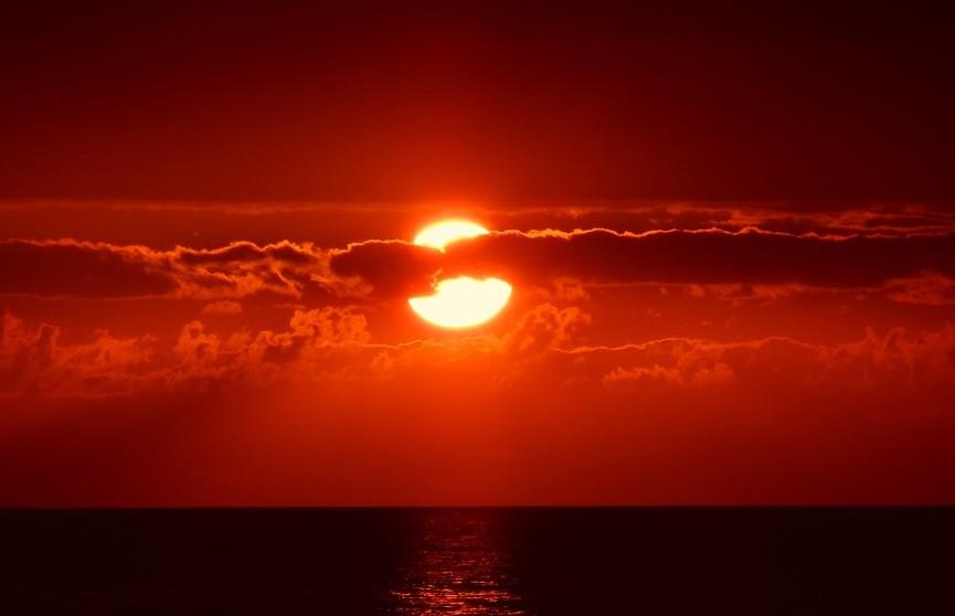 Ученый смоделировал, как выглядят закаты на других планетах Солнечной системы (ВИДЕО)