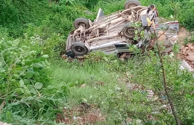 Школьный автобус разбился в Индии: 9 детей погибли