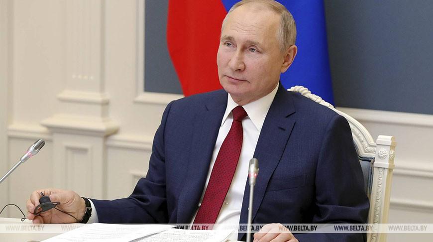 Путин планирует вакцинироваться от коронавируса 23 марта