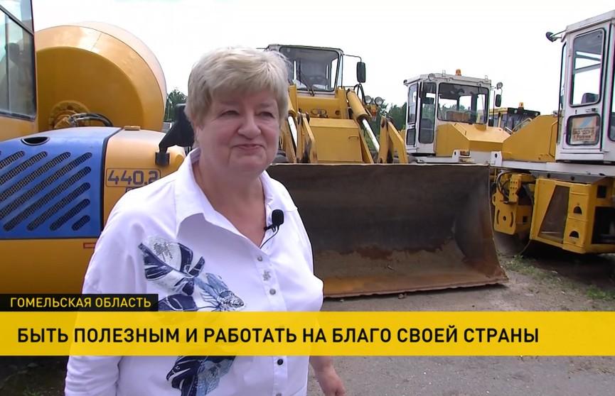 Женщина-руководитель в дорожно-строительной сфере и гендиректор «Молочного мира». Кому еще вручал госнаграды Президент?