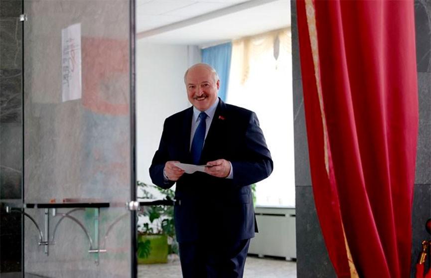 Александр Лукашенко проголосовал на президентских выборах