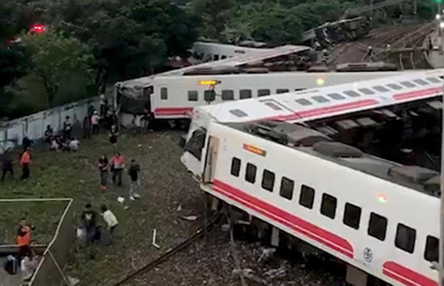 Железнодорожная катастрофа на Тайване: растёт число погибших и пострадавших