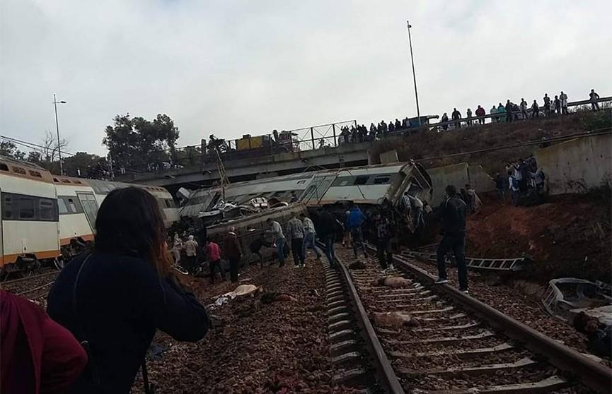 Крушение поезда в Марокко, есть жертвы