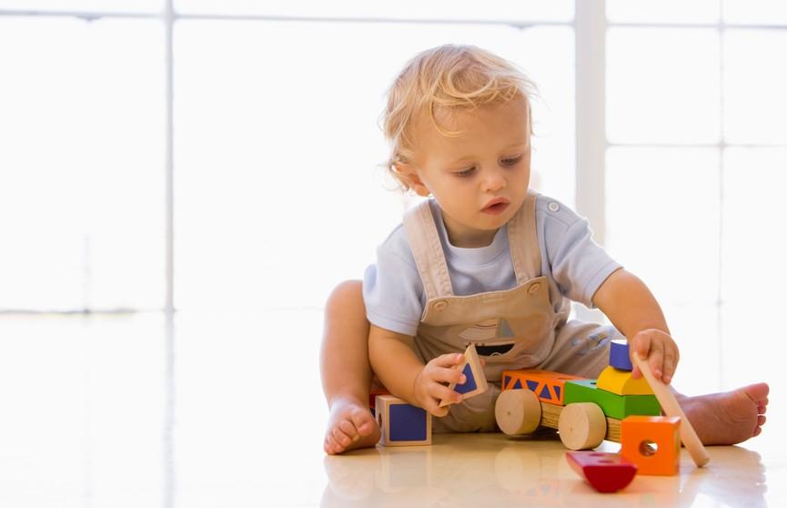 Что делать, если ребенок проглотил мелкий предмет? Совет врача
