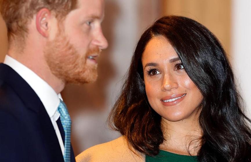 Меган Маркл запретила принцу Гарри лететь к заразившемуся COVID-19 принцу Чарльзу в Великобританию
