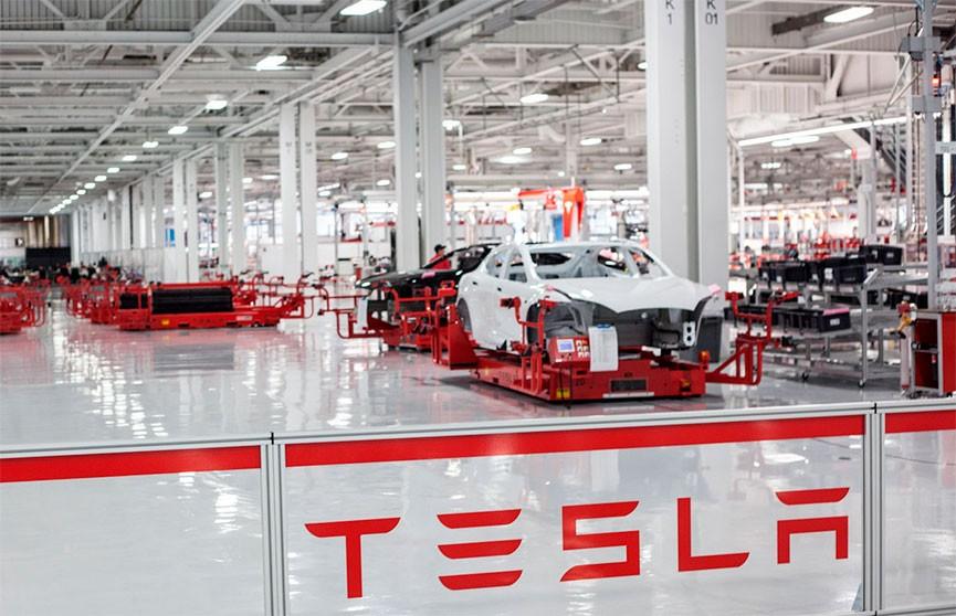 Tesla закроет свой главный завод в США