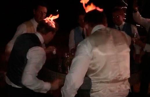 Гости на свадьбе по очереди подожгли друг друга (ВИДЕО)
