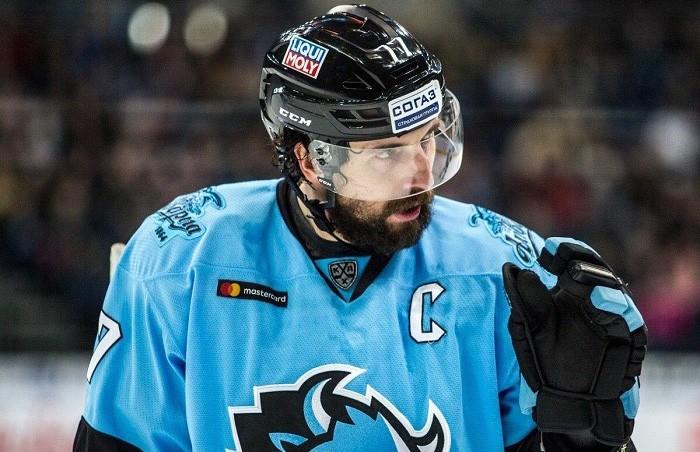 Хоккейный форвард Александр Китаров перешел в минскую «Юность»