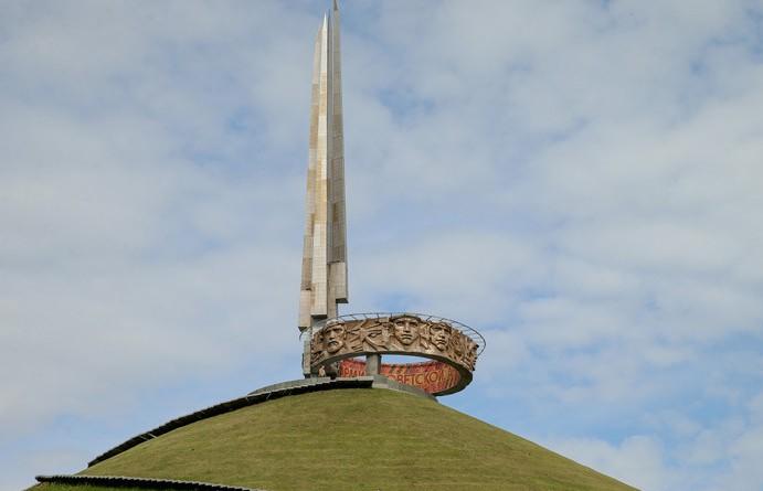 Световое шоу 9 Мая окрасит Курган Славы в цвета национальной символики