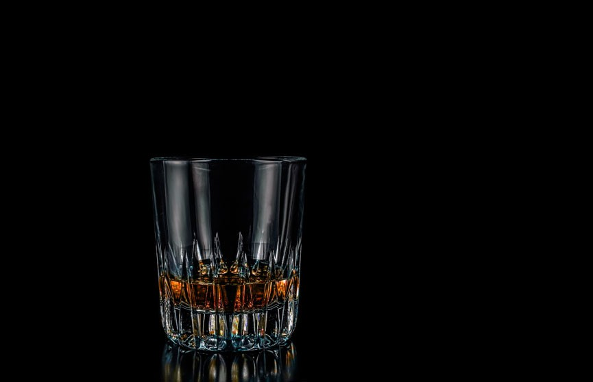 В Оренбургской области 10 человек умерли, отравившись алкоголем