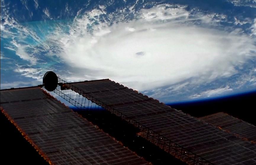 Срочная эвакуация в США: мощный ураган «Дориан» скоро накроет Флориду