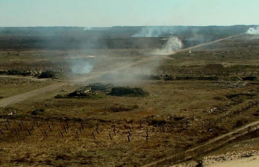 Белорусские военные провели тактическое учение на Гожском полигоне