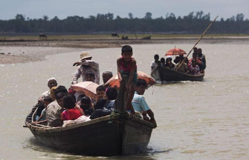 17 человек погибли при крушении лодки в Бангладеш