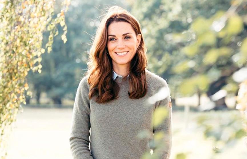 Кейт Миддлтон поделилась новым снимком принца Луи в честь его дня рождения