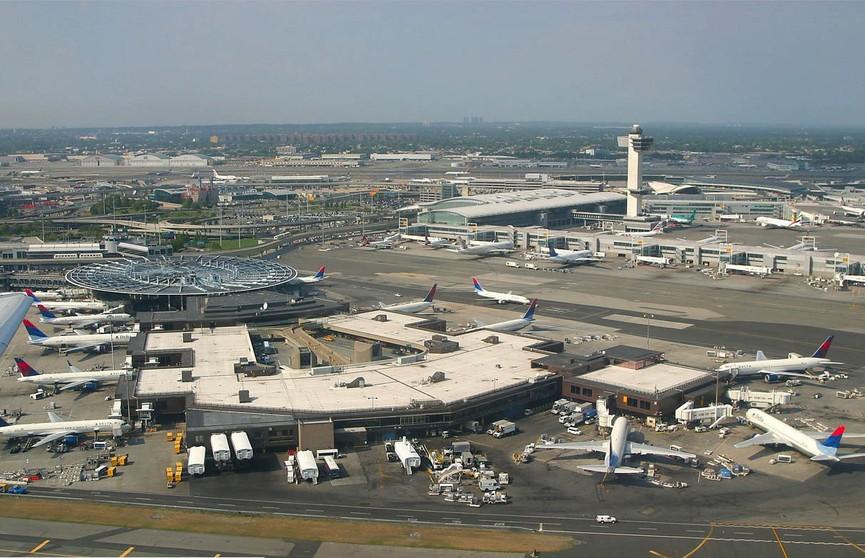 США объявили о прекращении авиасообщения с Венесуэлой