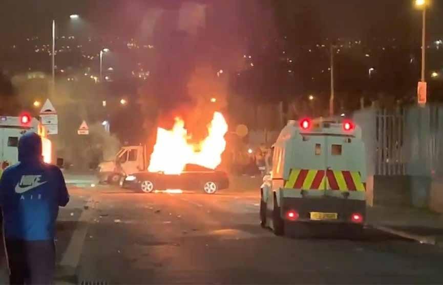 Стрельба произошла в Северной Ирландии (Видео)