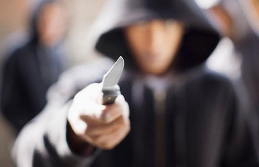 Подросток на улице в Витебске смертельно ранил ножом мужчину