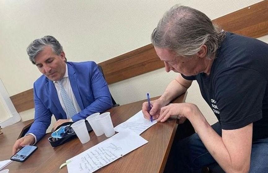 Адвокат Ефремова отреагировал на обвинения в пиаре