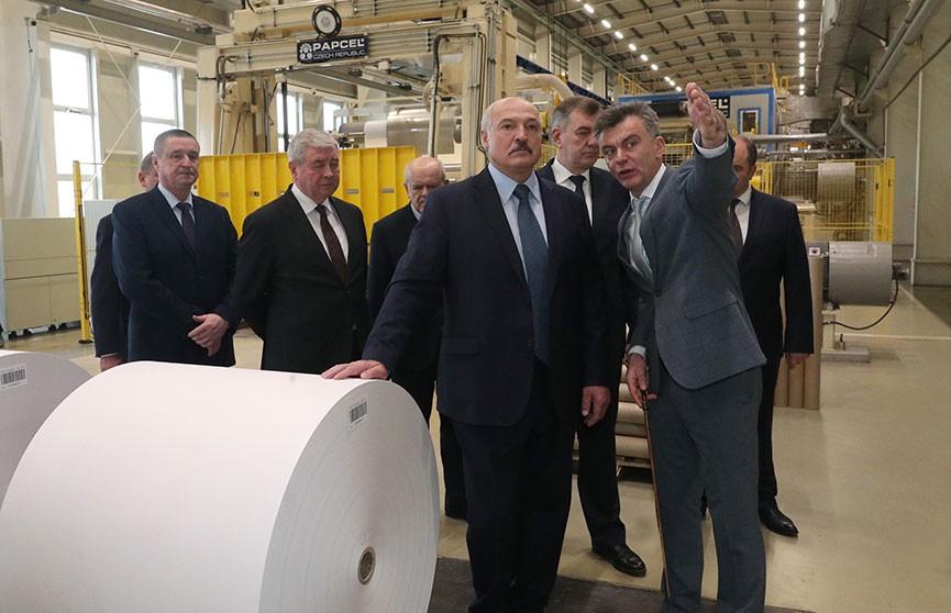 Александр Лукашенко посетил предприятия Шкловского района