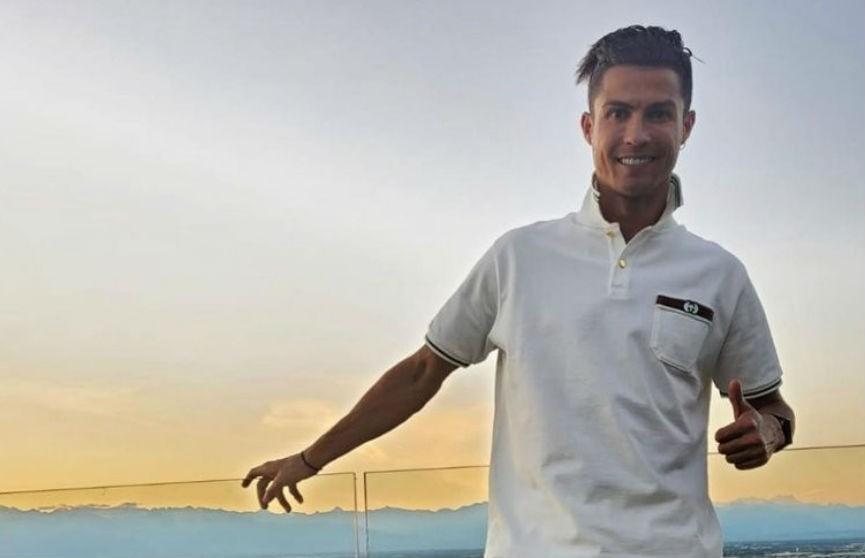 Криштиану Роналду показал новую прическу, но фанаты ее раскритиковали (ФОТО)