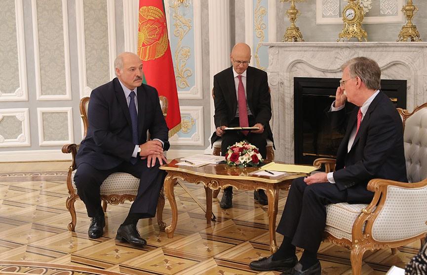 Лукашенко встретился с советником президента США по национальной безопасности